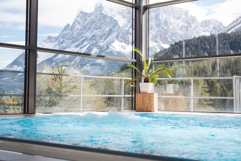 Pool Hotel MyTirol - Zugspitz-Gipfelmotivation